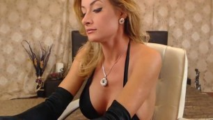 webcam free porn juicy boobs hot nikki smoking and posing on cam