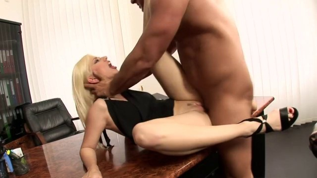 Stunning Blonde Jessie Volt in best facial Stunning sex on the table