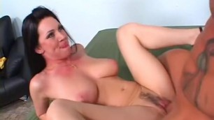 Julian Rios Unsatisfied MILF starts fucking for money