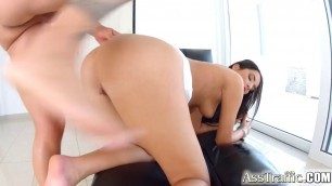 hot brunette lauren minaldy with super booty and deep throat takes an anal pounding