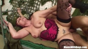 Hot Curvy Milf Fucking A Stud In The Army porn pussy juice