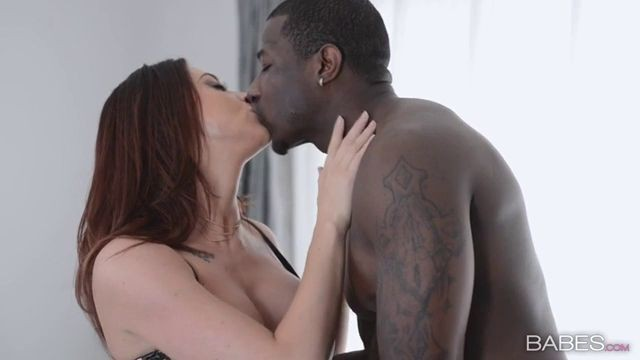 Dirty Divorcee Chanel Preston Fucks with a black man